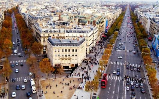 Champs_Elysees_Paris_France